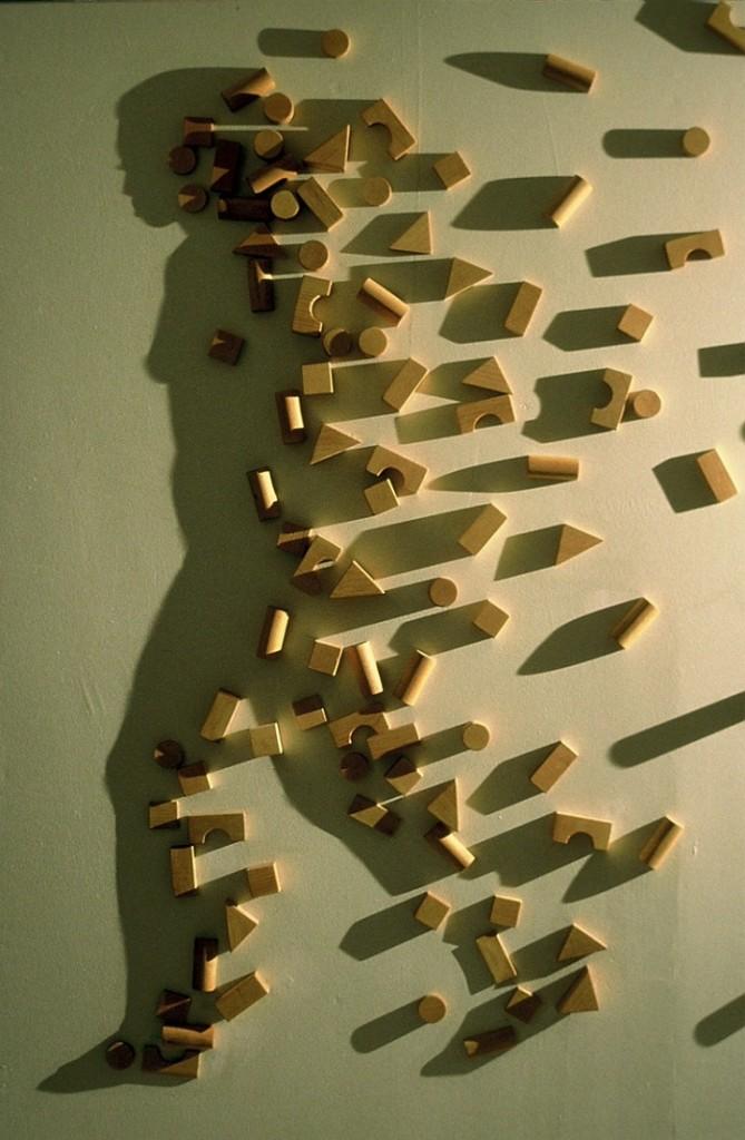 Kumi-Yamashita-wooden-part-shadow
